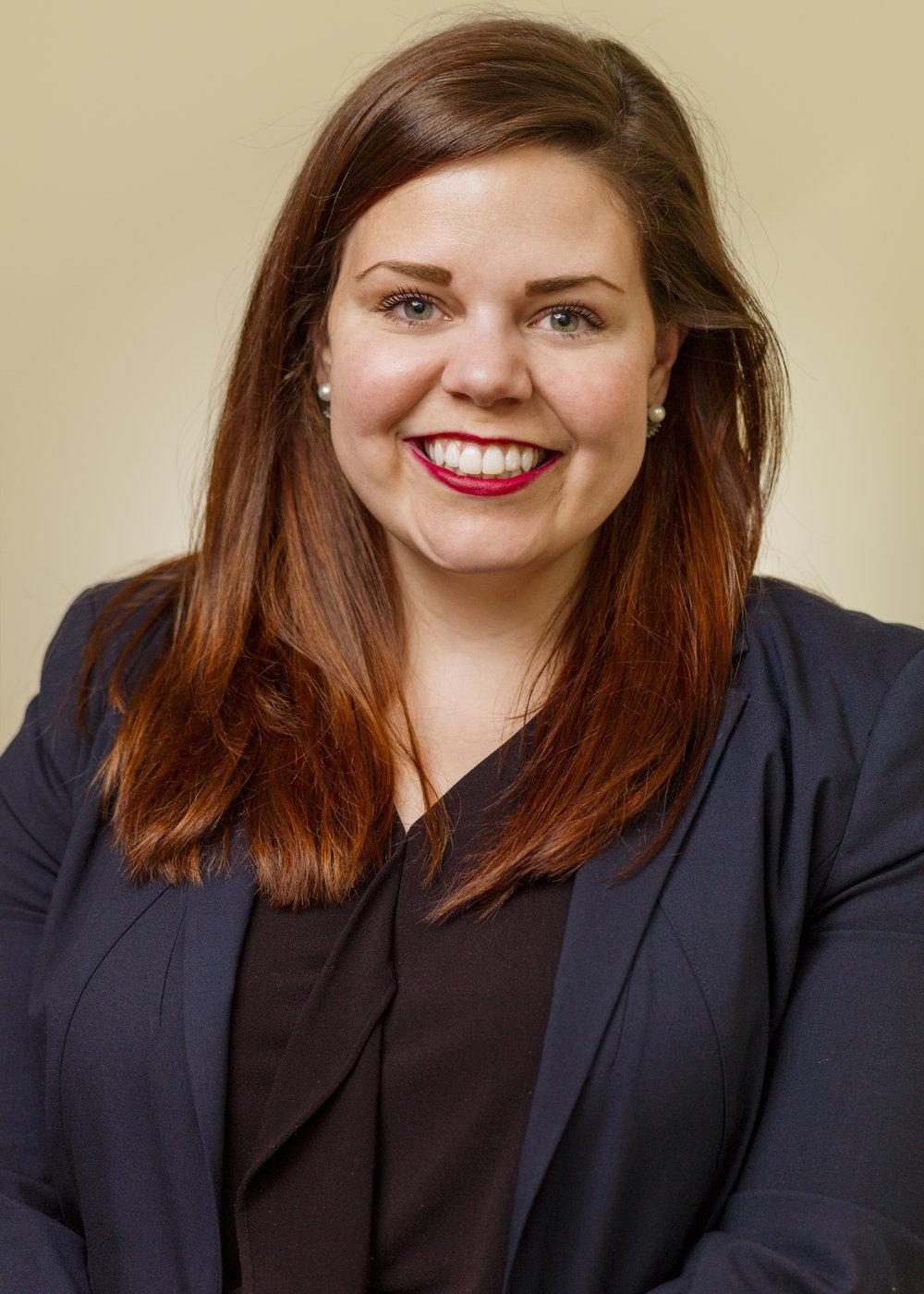 Melissa Siravo Hensinger    Associate