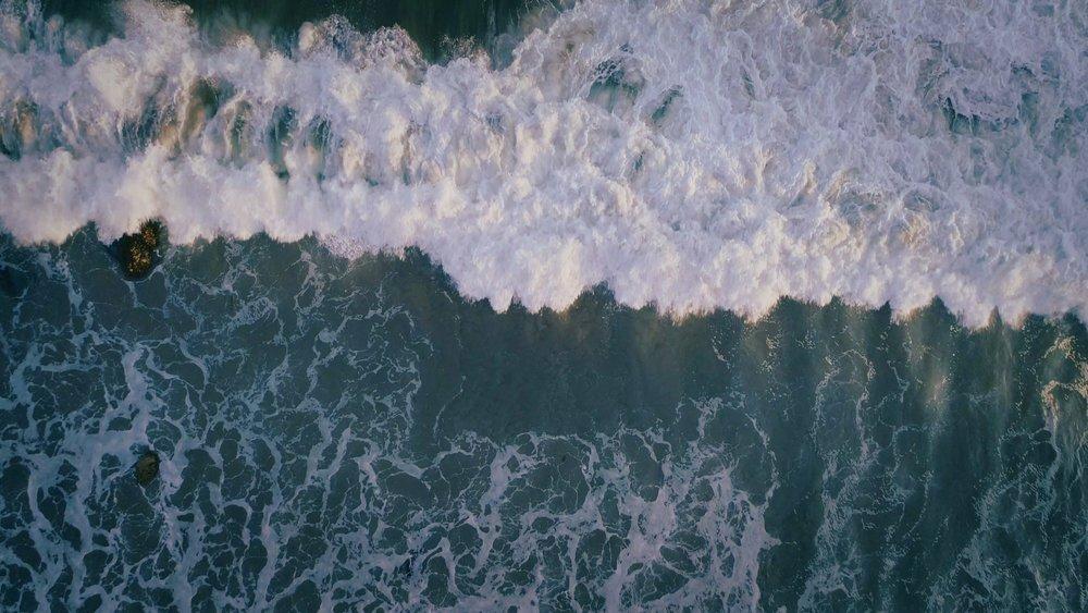 Crashing Waves 02_9.1.2.jpg