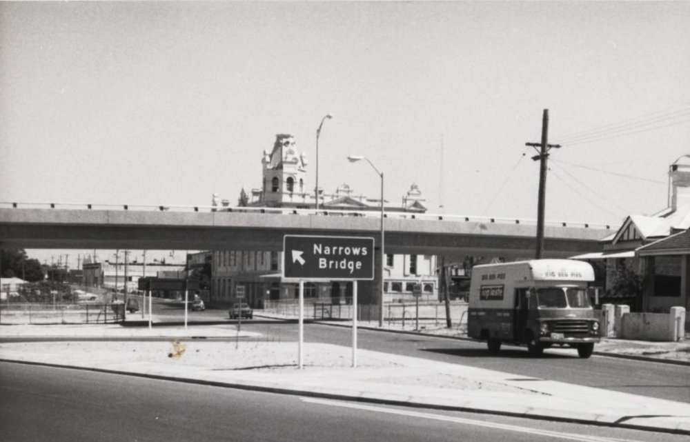 The Club Hotel, 1973, about to be enveloped by the Mitchell Freeway. Courtesy State Library of Western Australia, image B3948954-1.