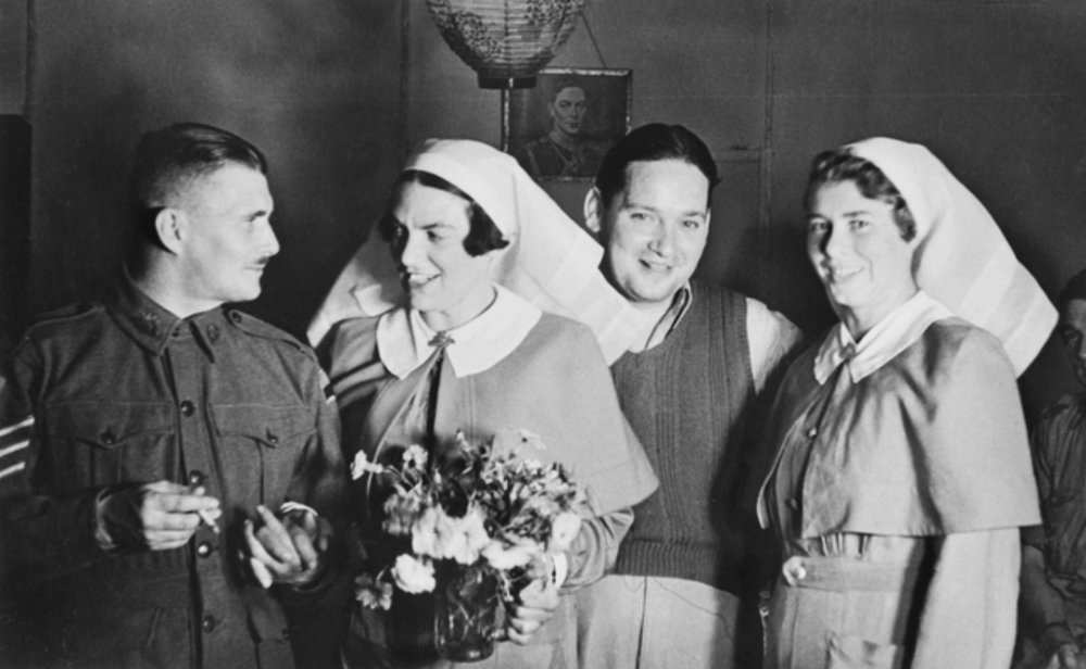 Harold's younger daughter, AANS Captain Gwen Martin, marrying Sergeant Herbert Wren during WWII… before she learnt he may not have been divorced from his first wife. Courtesy Australian War Memorial, image P05120.003.