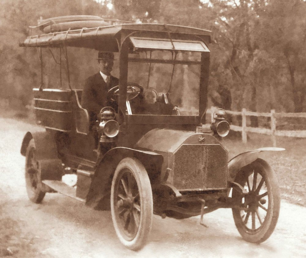 Percy Bignell's 1907 Star Charabanc at Busselton, 1908