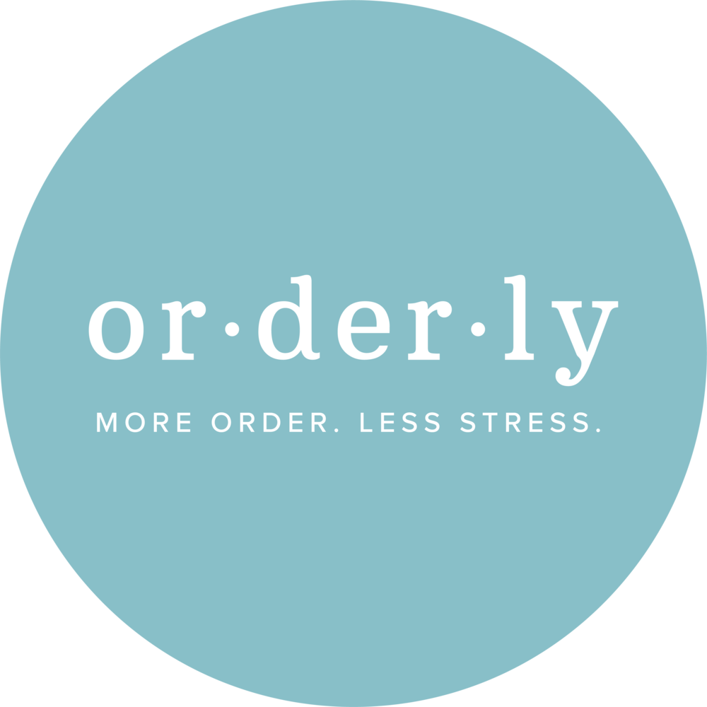 Orderly-LogoCircle-Tagline-WhiteTeal.png
