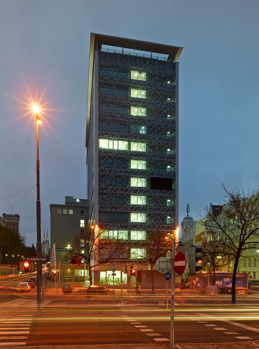 Institutsgebäude Oskar-Morgenstern-Platz
