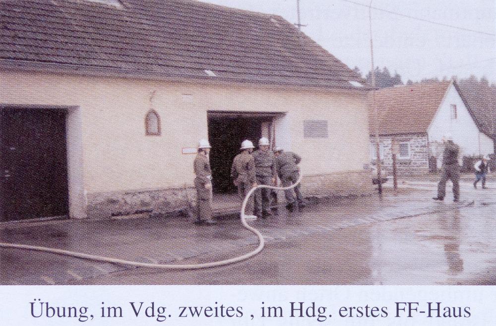 Freiwillige Feuerwehr Gebhards 2002.jpg
