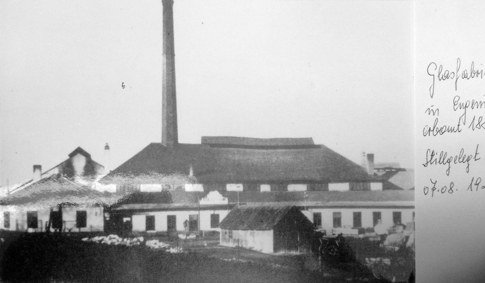 Glasfabrik Eugenia 1926 Schrems.jpg