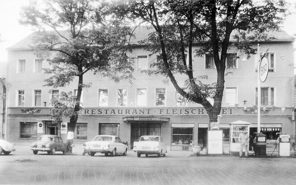 Hotel Post 1965 Schrems.jpg