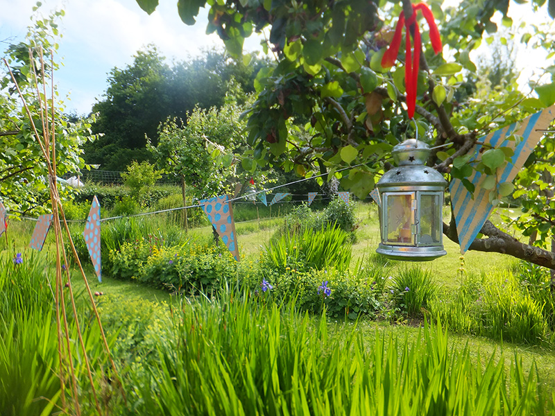 Pretty-wedding-garden-jmp-blog.jpg