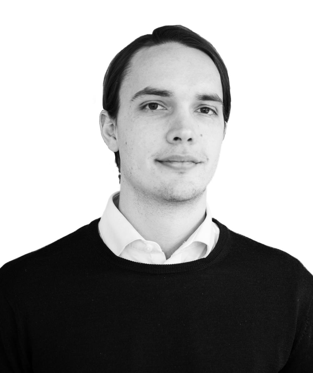 Simon Svensson - Grundare, VD070-872 16 63simon.svensson@roproperties.se