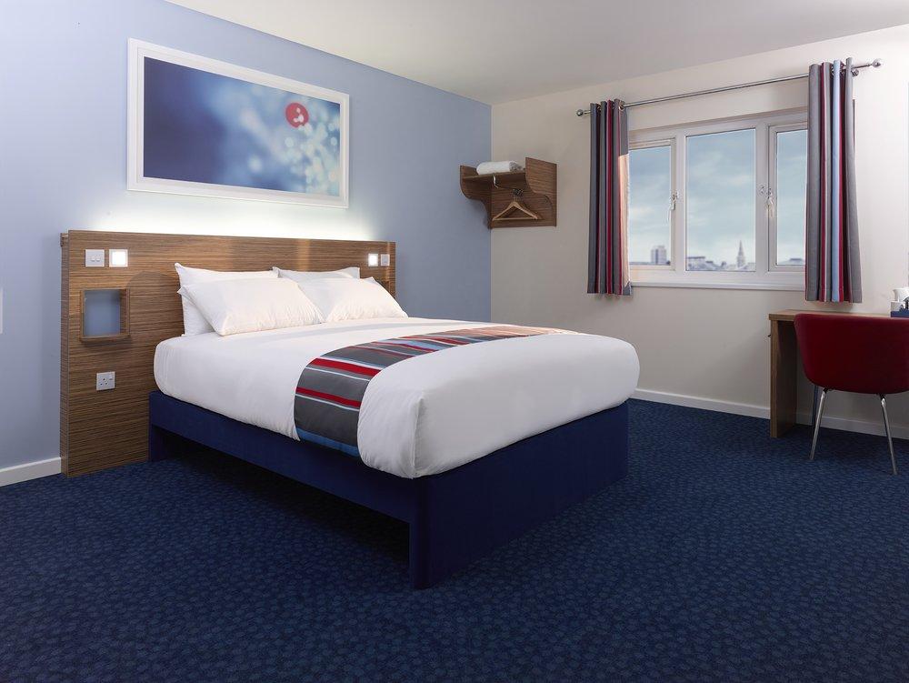 Travelodge Room Image.jpg