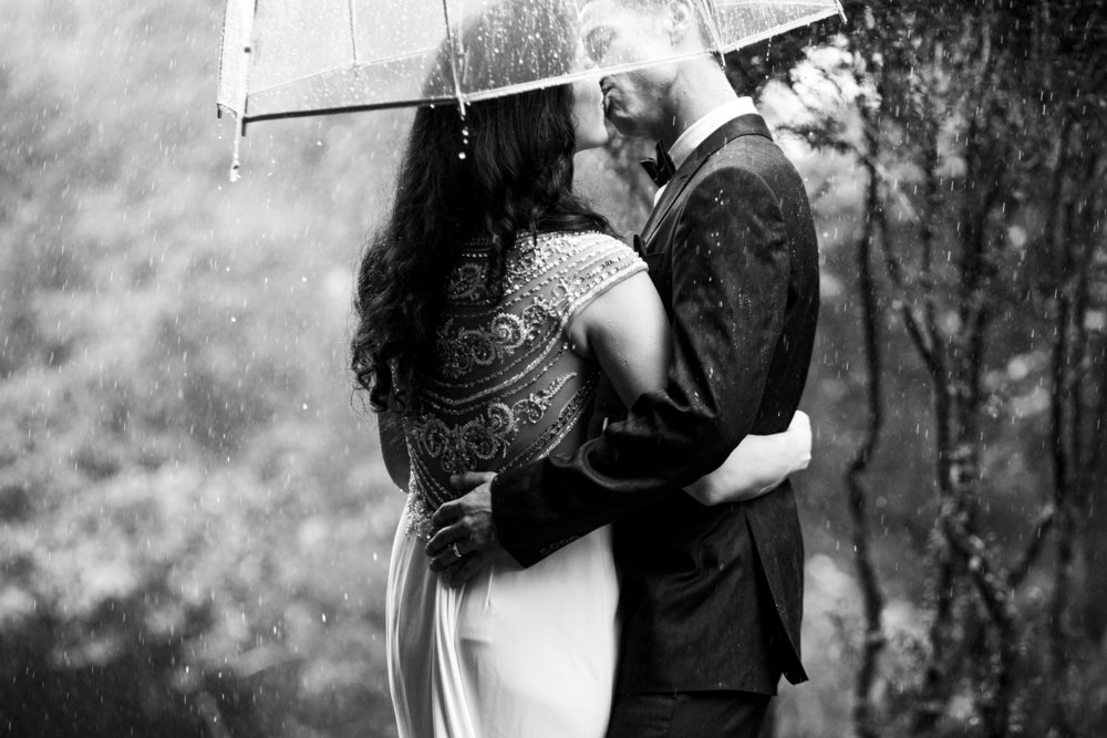 Rainy Day Elopement Johnson City, TN Wedding Photographer