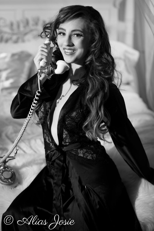 Lara Hollywood-2271.jpg