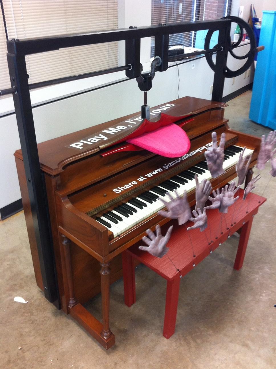 Singing Piano