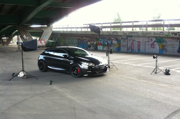 SHOOT: Megane RS III — Behind the scenes setup.