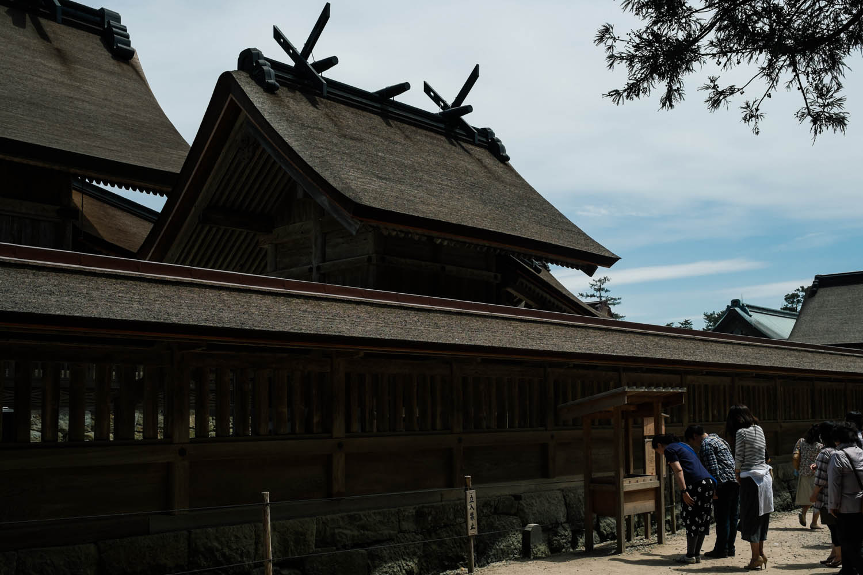 People praying at Izumo-taisha, Izumo.
