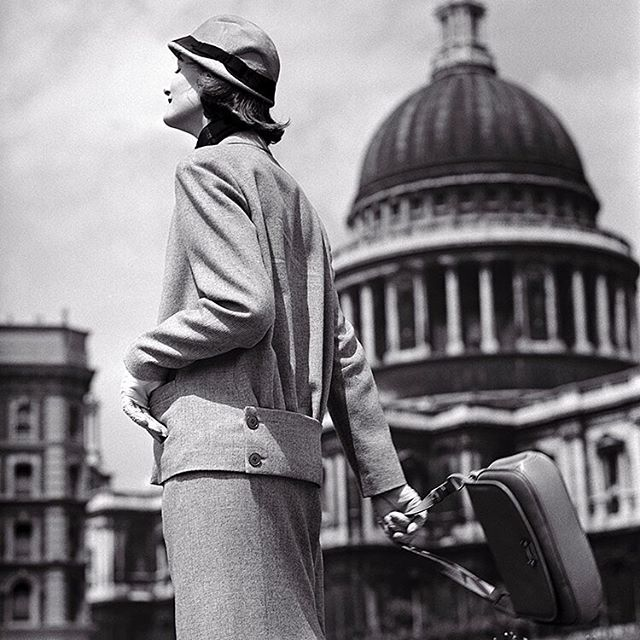 "❤️ London ❤️ British fashion model, Wenda Parkinson, photographed for British Vogue outside St. Paul's Cathedral. The feature was entitled, ""Country Woman at War."" Vogue Magazine, 1942. 📸 Norman Parkinson"