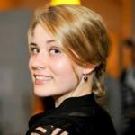"""""""Wille on rehellinen vastuunkantaja, joka ei pelkää tehdä päätöksiä.""""   - ELINA LAAKSONEN, 28, TUOTEKEHITTÄJÄ, ELINTARVIKETIETEIDEN MAISTERI"""