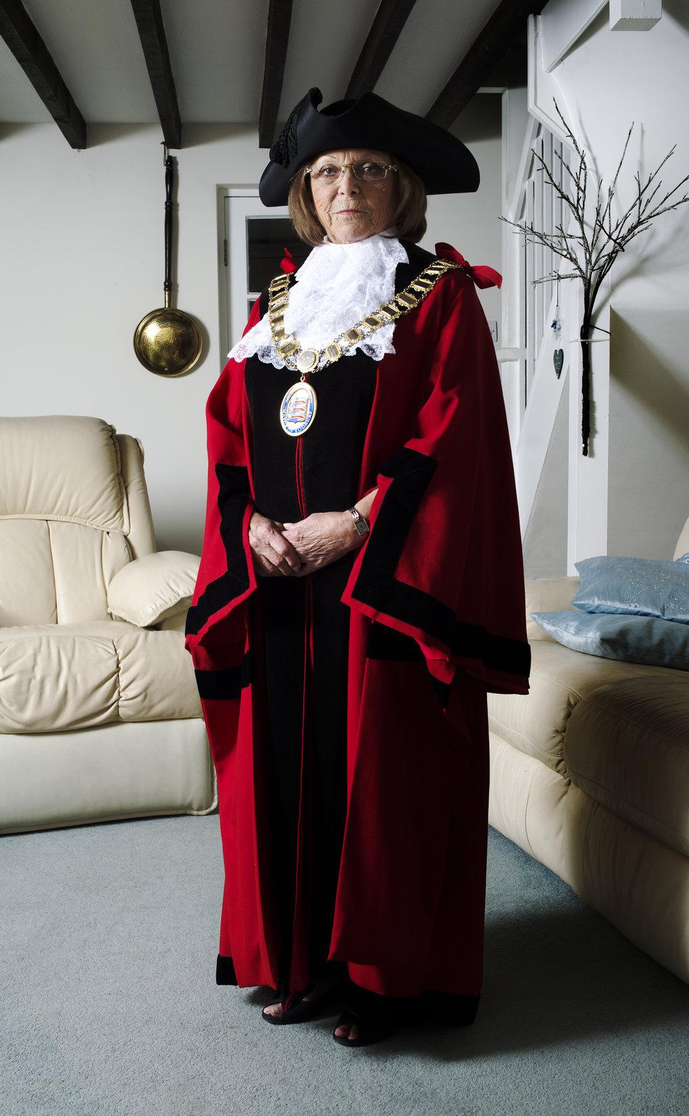 Mayor in Lounge.jpg