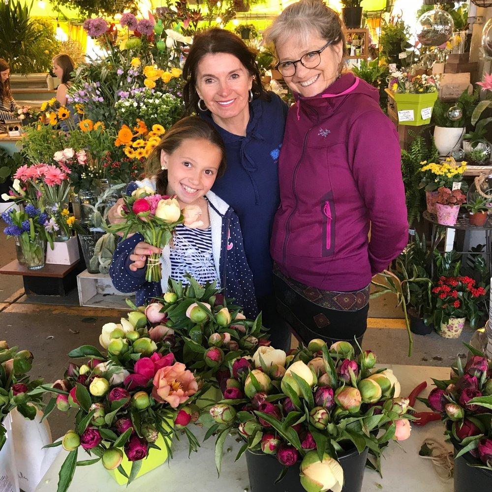 Myriam Binette, La marchande de fleurs du Marché Jean-Talon. Les petits bouquet sont disponibles dès le début de juin jusque vers la mi-juillet.