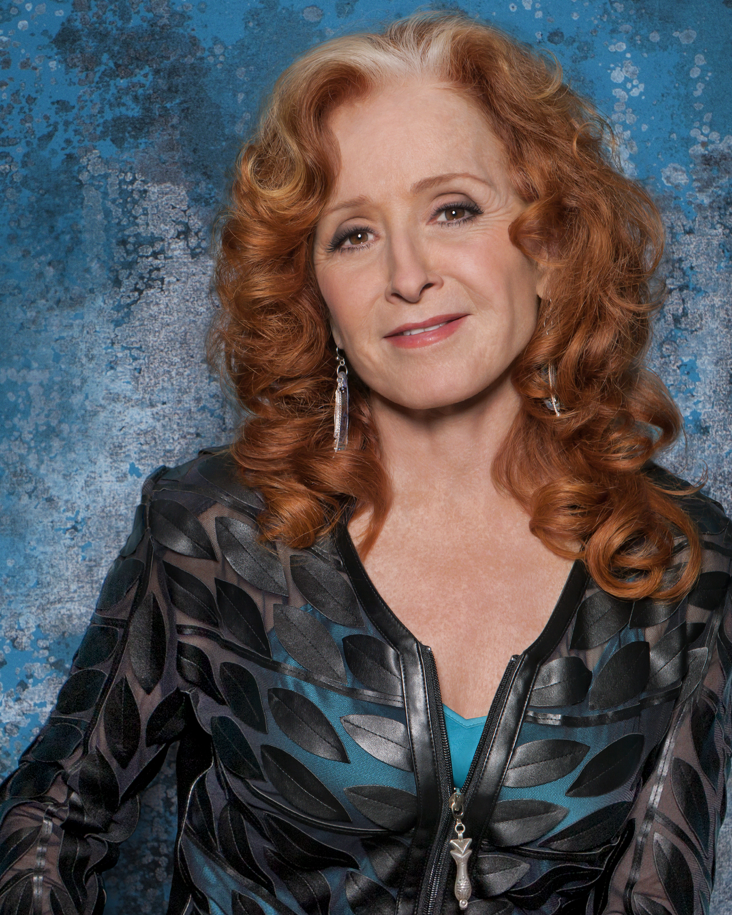 -images-uploads-gallery-Bonnie_Raitt_Color_headshot_credit_Marina_Chavez