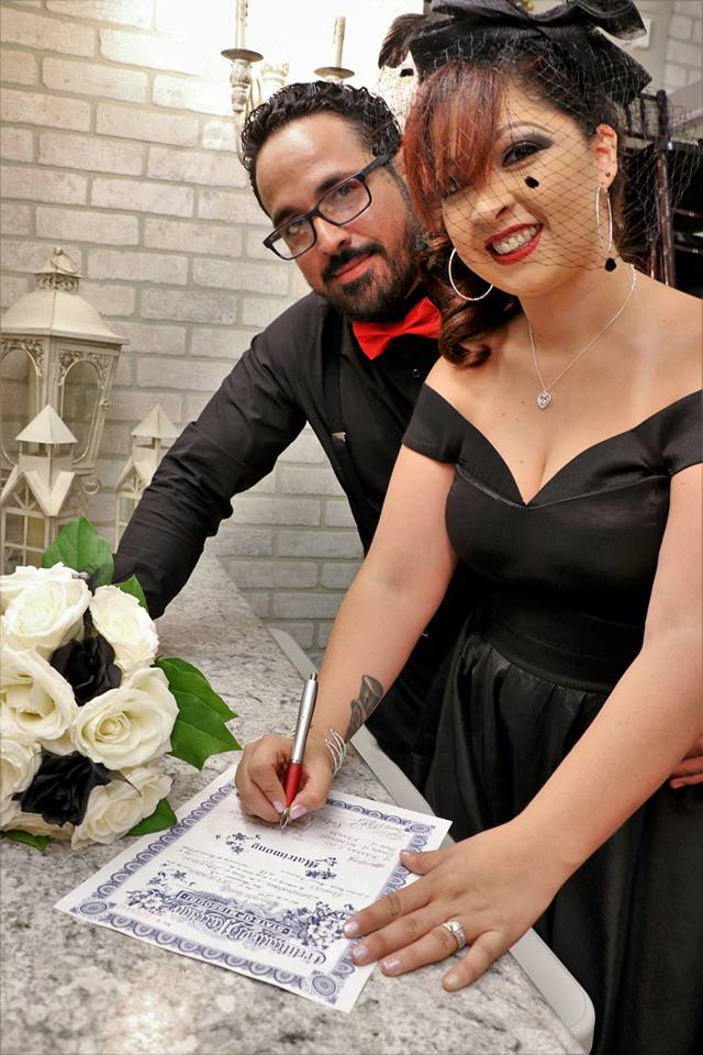 Affordable-event-space-wedding-venue-wedding-officiant-pastor-marriage-lisence-cheap-inexpensive-beautiful-couple-marriage-ceremony.jpg