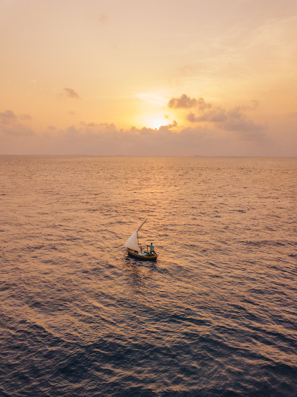 5:30 PM  // Sunset cruise on Fushifaru's little Dhony! Sailing into the sunset on this tiny traditional Maldivian boat was pure magic and the perfect way to spend a sunset!