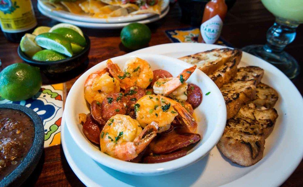 skyes-restaurant-shrimp-chorizo-appetizer