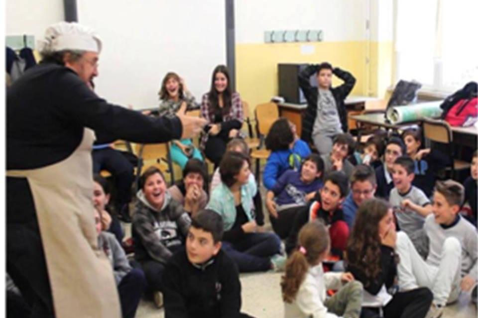 read more - activitiesat the national level - Roma Integra