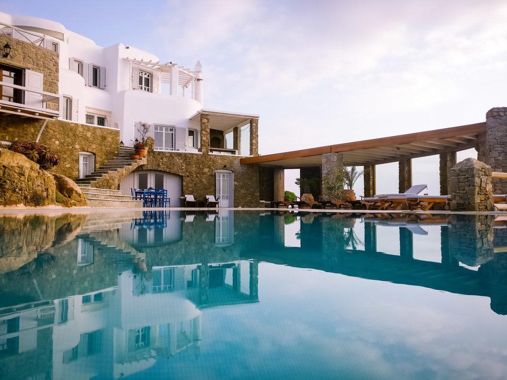 Agios Sostis, Mykonos  18 Guests, 8 bedrooms