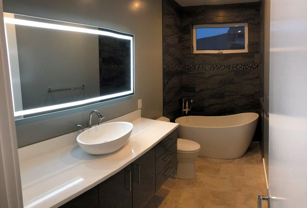 Tan Bath 1.jpg