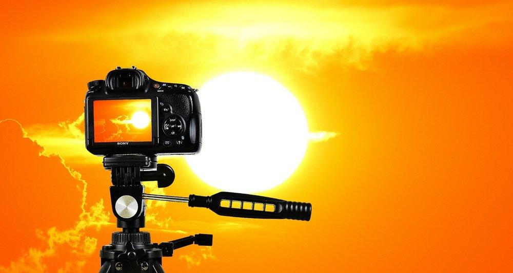 sunset-2737227_1280.jpg