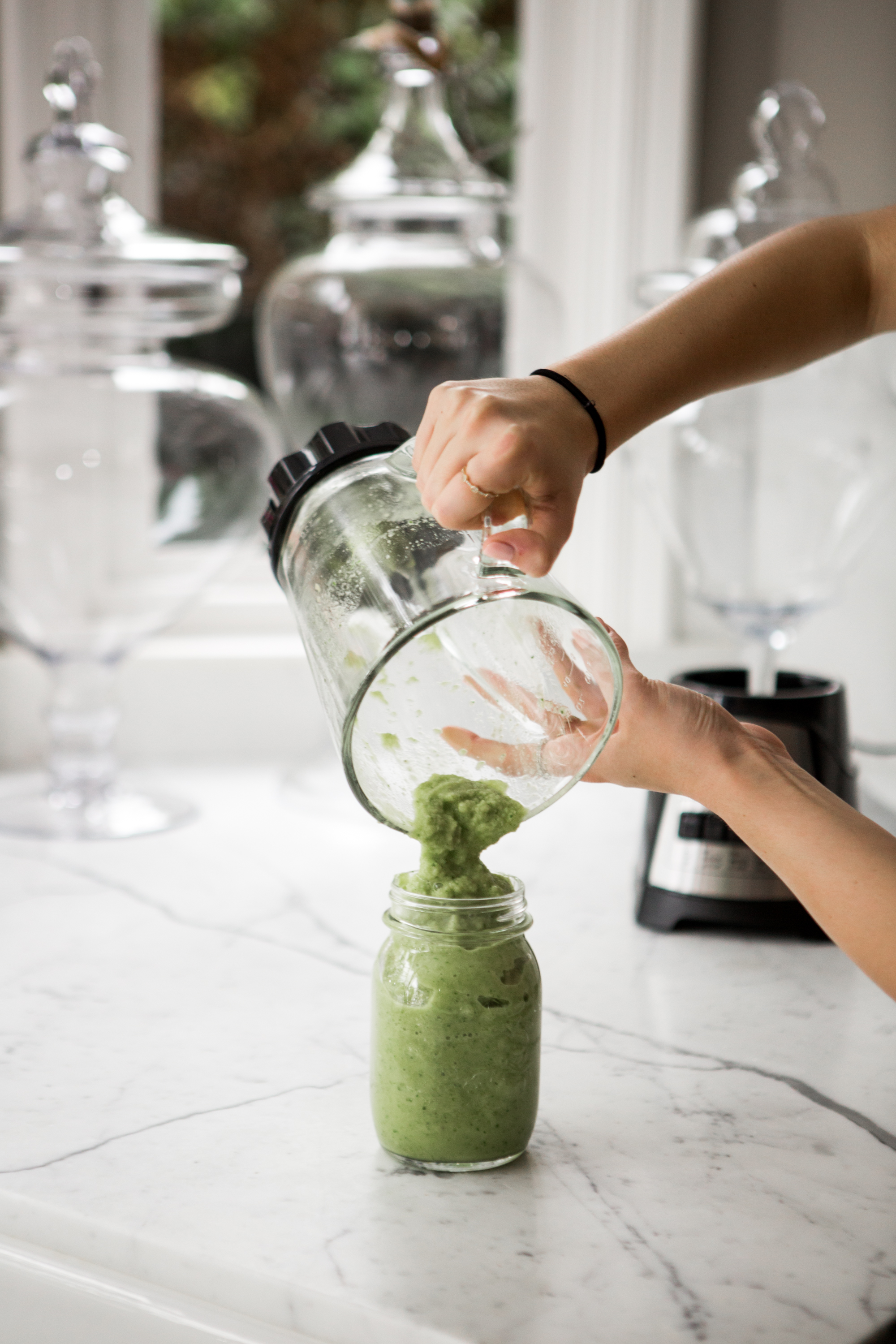 Julia Friedman's organic, tropical green smoothie recipe.