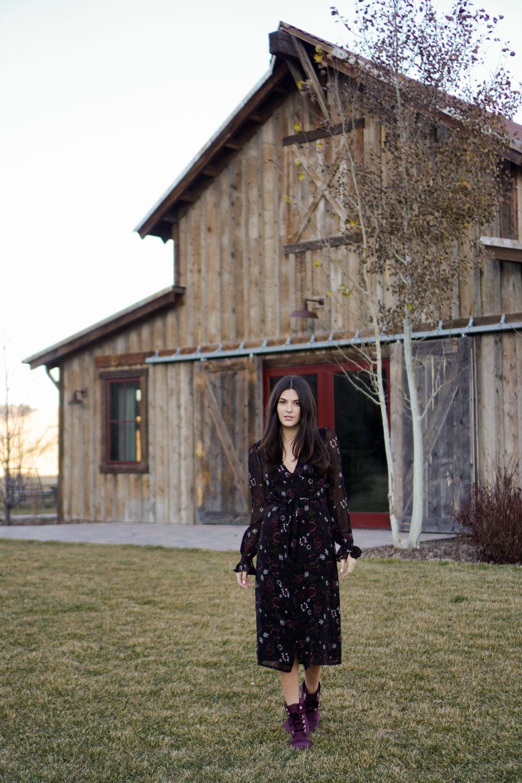 Paige Dress Black Flowy, Timberland Boots Velvet | Julia Friedman Fall Style Montana Style