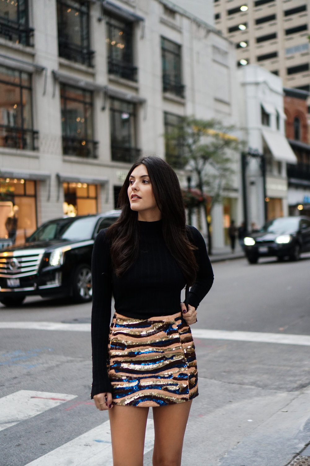 24 hours in Chicago wearing a sequin skirt from Sezane and Topshop sweater with blue velvet boots by Raye the Label | Julia Friedman