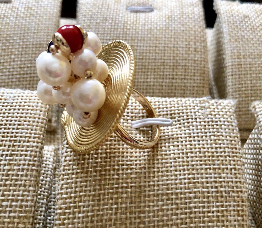 Sweet water pearls and gemstones Ring