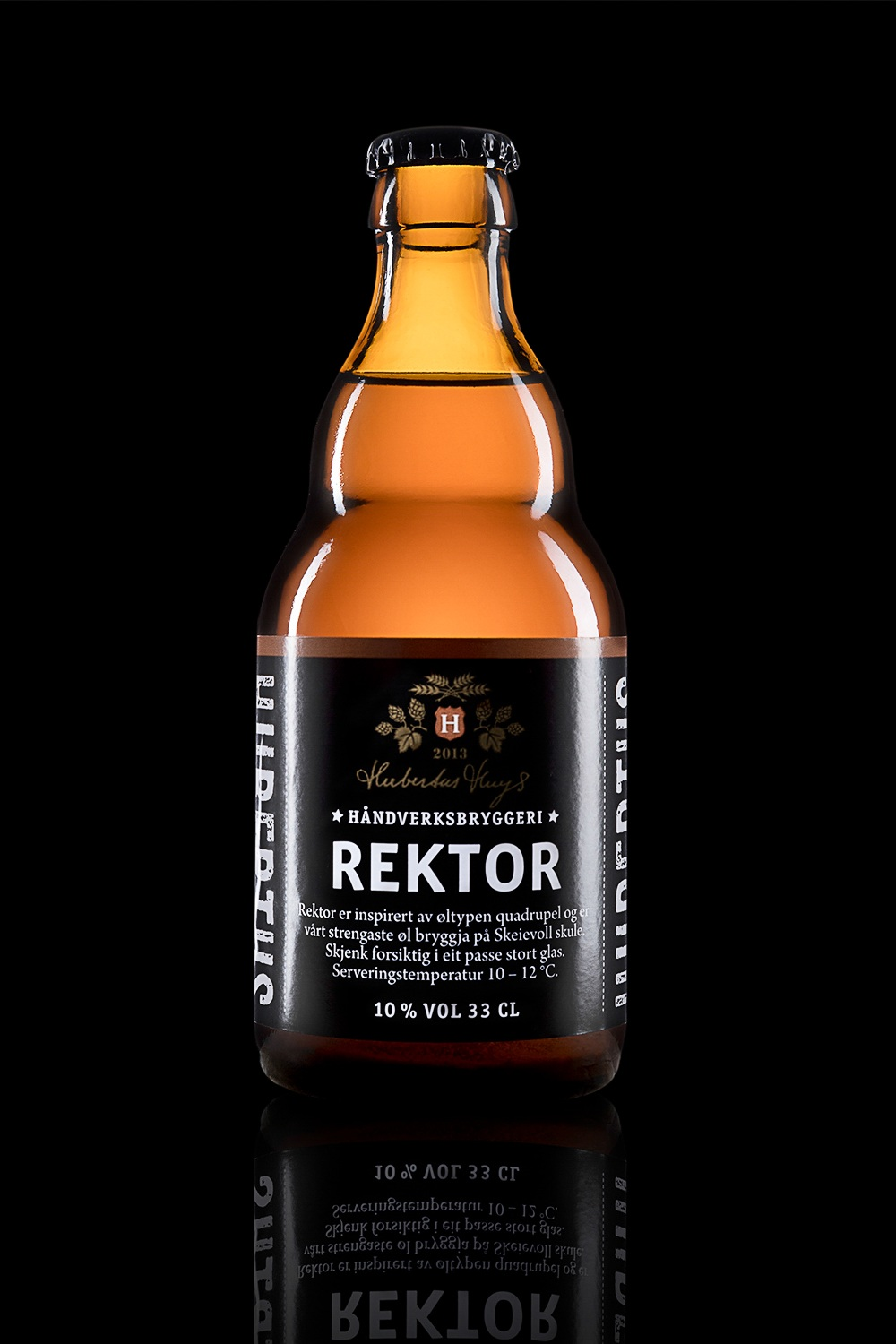 Rektor - Type: Quadrupel.Color: Hazy golden orange.Aroma: Dried and candied fruit, malt.Flavor: Rich, medium bitterness, hints of candy sugar, caramel and raisins.Contents: Alcohol 10%.Food pairing: Game and beef.Vinmonopolet