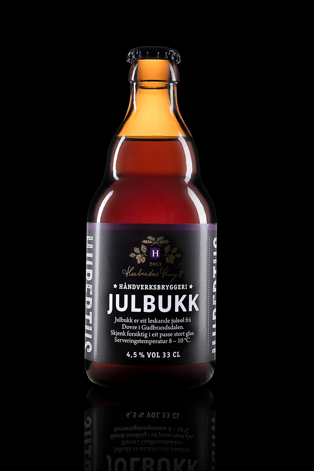 Julbukk - Type: Christmas beer.Color: Red/brown.Aroma: Fruity, coffee and chocolate.Flavor: Chocolate, coffee, malt extract and oat biscuits.Contents: Alcohol 4,5%.Food pairing: Christmas food and Christmas desserts.