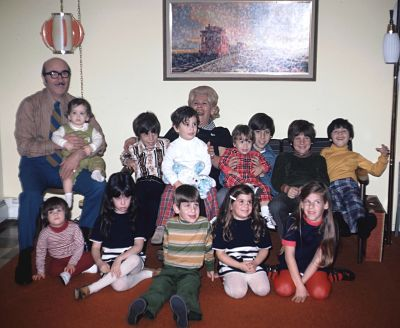 It's Hanukkah! You'd think I'd be a little happier (that's me, first row, second from left with the grumpy face). I have so many happy memories of our family gatherings to celebrate Hanukkah with all my cousins. My Mommom and Poppop were so much fun and let us be wild and crazy kids.