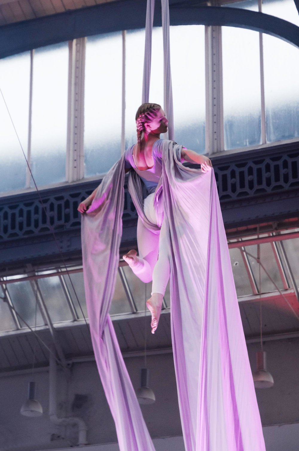 Jamie-Lee on Silks   Photo by Graeme MacDonald