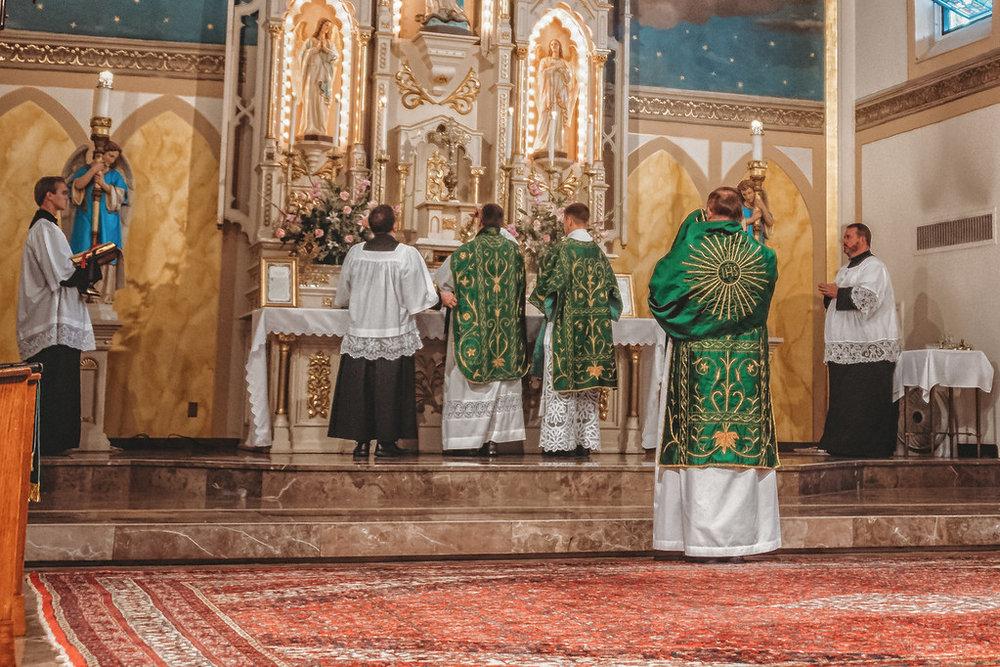 FSSP LatinMass St. Marys altar 4-1-XL.jpg