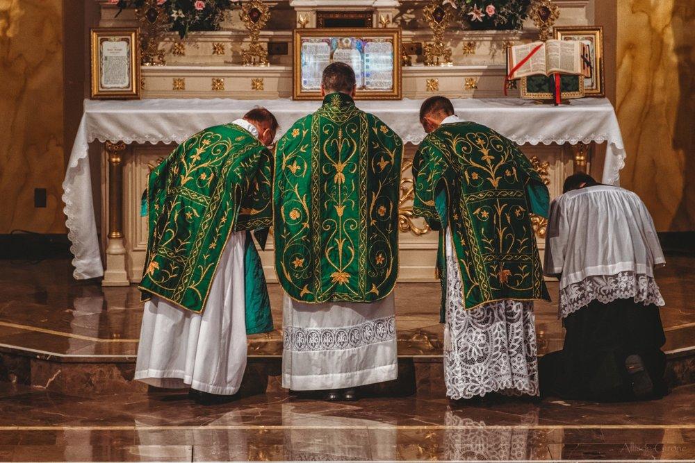FSSP LatinMass St. Marys 3 priest altar 4-1.jpg