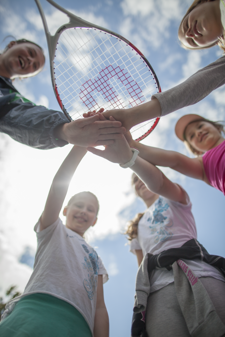 Levels Offered - Red or Orange Ball Beginner Fundamentals, Ages 5-6 and 7-8This program is for children who have not played Tennis before. Coaches use a scaled down court, low compression or foam balls and modified racquets. It focuses on athletic development and will provide the student with the ability to serve, rally and score at ½ court. Basic strokes of Forehand, Backhand, Volley and Serve are taught through instruction and play.