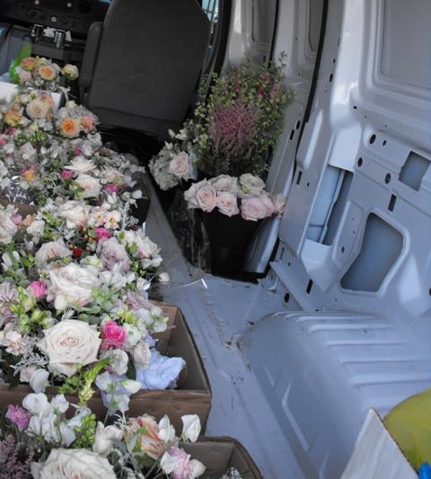 Van o Flowers.jpg