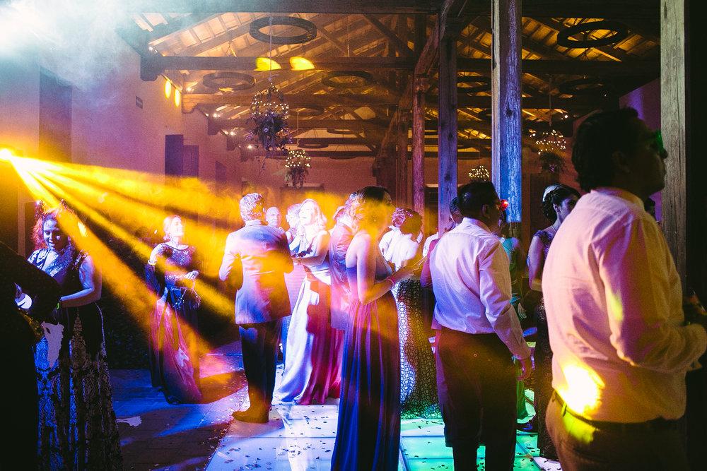 FOTOGRAFOS BODAS CANTABRIA SANTANDER BODA LEON MEXICO PAOLA Y HECTOR-104.jpg