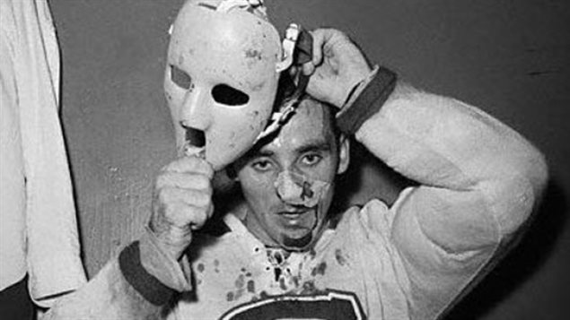 Montreal Canadiens goalie Jacques Plante, Nov 1 1959, the first to wear a face mask in a regular league game© thesipadvisor via CBC