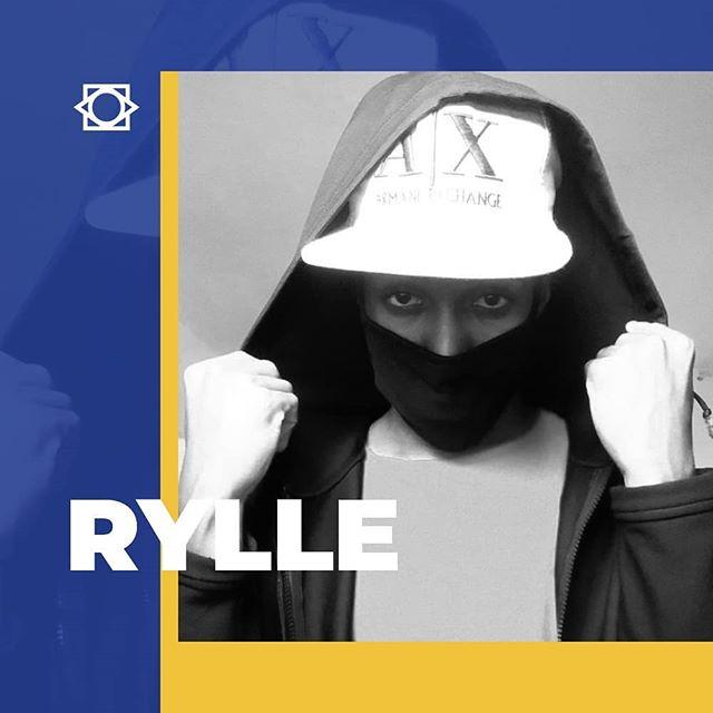 Marcos Junior mais conhecido como @rylleoficial . (antes Master Rylle), começou no final de 2010 a ser DJ tocando em regiões de Salvador. Em 2011 se aprimorou começando a produzir suas próprias músicas com influências em Hip-Hop, RnB, Charm, Groove e músicas dos anos 70 & 80, tendo como base própria para criar algo diferente.  Conheça mais no link: www.solta.com.br/artista-rylle  #ANossaMúsica #solta #rylle #djing #salvador #bahiabass #rnb #hiphop #groove #brasil #globalbass #artista #nossosartistas #junta