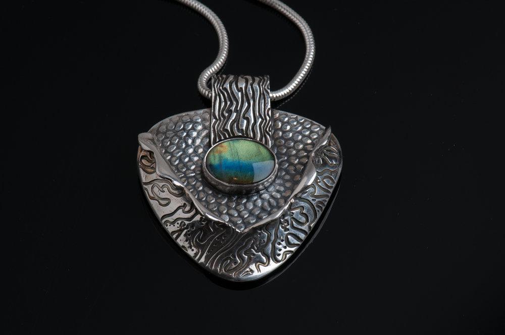Jewelry-003-Edit.jpg