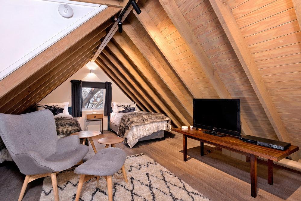PensionMauritz-Loft Bed 1.jpg