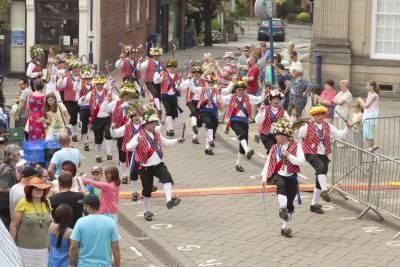 Warwick-Folk-Festival-Morris-Dancers02.jpg