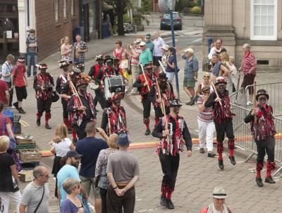 Warwick-Folk-Festival-Morris-Dancers05.jpg