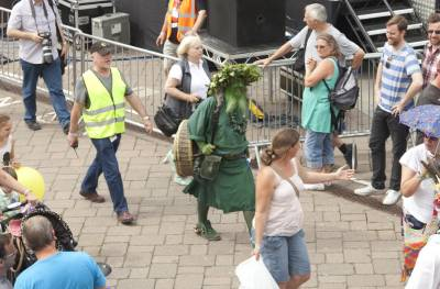 Warwick-Folk-Festival-Morris-Dancers09.jpg
